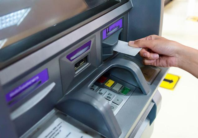 More trouble for common man: Banks likely to impose withdrawal fee for more than 5 ATM transactions again