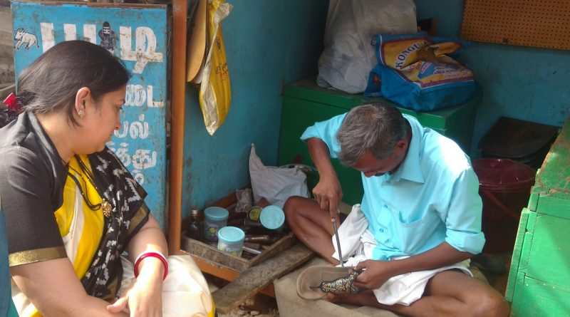 Why Smriti Irani paid Rs 100 to a cobbler in Coimbatore