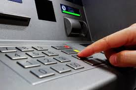 Now you can extract any amount of cash, RBI removes limit on ATM withdrawals